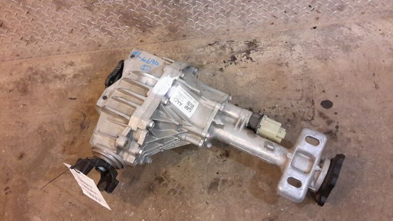 Gm 4x4 Front Axle Housing : Chevy silverado pickup front axle differential