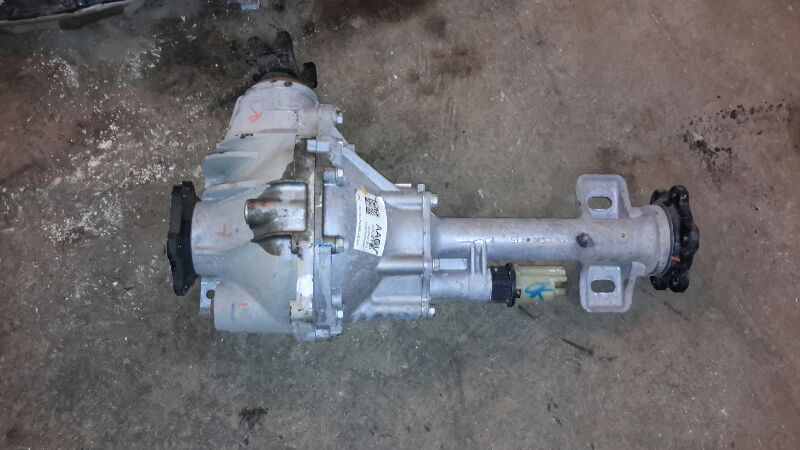 Gm 4x4 Front Axle Housing : Chevy suburban front axle differential