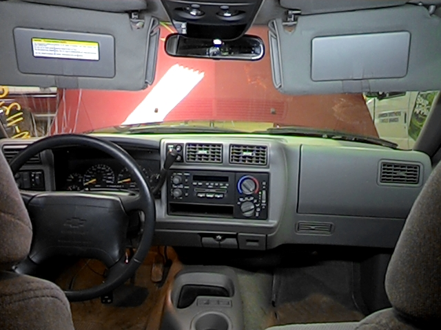 Find 1996 Chevy S10 Blazer Floor Center Console Gray 2597993