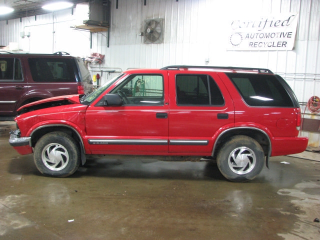 2000 Chevy S10 Blazer 55123 Miles Power Brake Booster