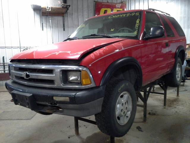 Gm 4x4 Front Axle Housing : Chevy s blazer front axle differential ratio